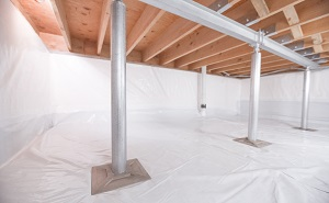 Crawl space structural support jacks installed in Centerville